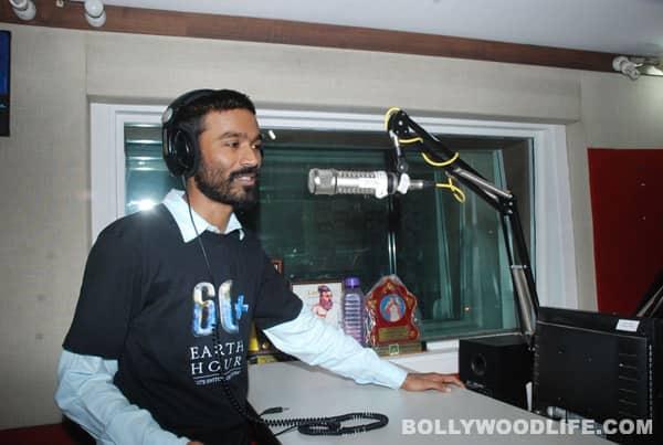 Dhanush to sing in Nayyandi