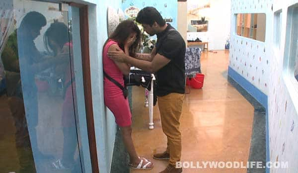 Bigg Boss 7: Did Kamya Punjabi make Gauhar Khan cry?