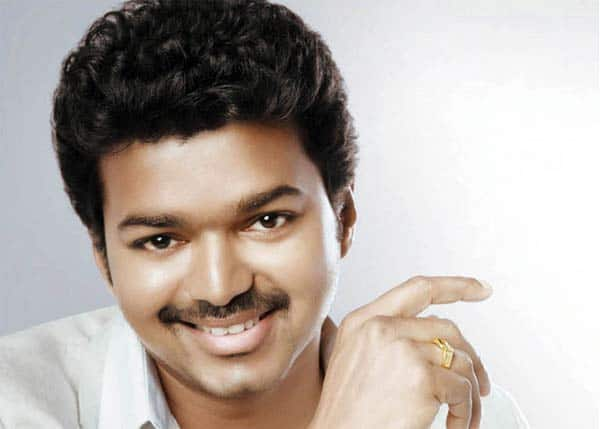 Vijay to remake Attarintiki Daaredhi?