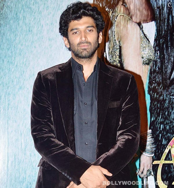 Aditya Roy Kapur: I am single and not dating Shraddha Kapoor!