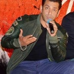 Salman Khan to host 9th Renault Star Guild Awards, January 16, 2014!