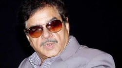 Shatrughan Sinha furious with the makers of Ke Bani Crorepati