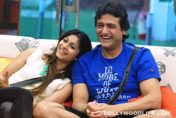 Bigg Boss 7 diaries day 82: Why did Armaan Kohli tell Tanishaa Mukherji to maintain distance from him?