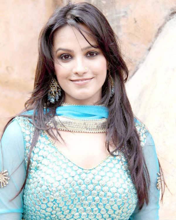Yeh Hai Mohabbatein: Anita Hassanandani to shed her goody image