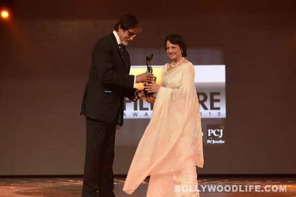 59th Idea Filmfare Awards 2013: Amitabh Bachchan presents Lifetime Achievement Award to Tanuja