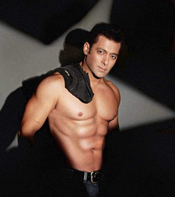 Salman Khan's abs are NOT graphically enhanced!