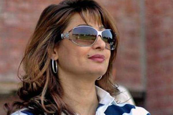 Sunanda Pushkar death: Sridevi, Farhan Akhtar, Asha Bhosle, Shabana Azmireact