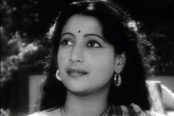 Suchitra Sen passes away