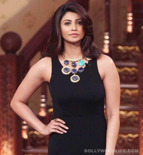 Salman Khan's heroine Daisy Shah in legal trouble!