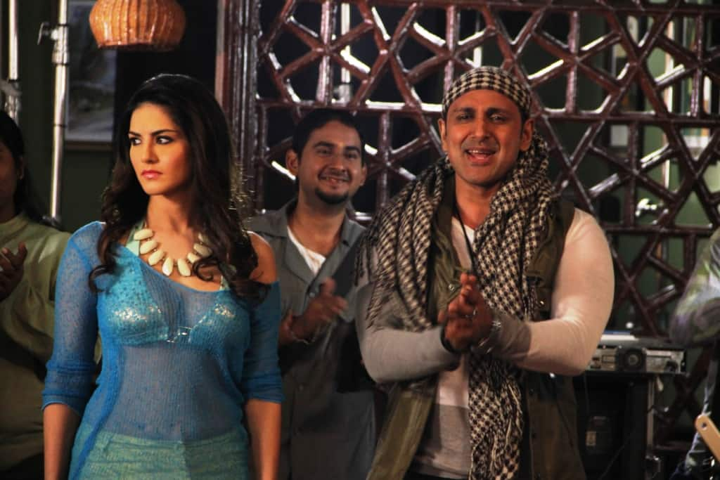What is Parvin Dabas doing in Sunny Leone's Ragini MMS 2?