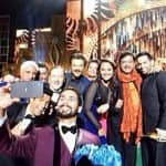 IIFA 2014: Hrithik Roshan, Riteish Deshkmukh, Boman Irani, Shahid Kapoor click selfies with friends and fans - View pics!