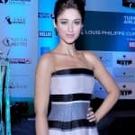 Ileana D'Cruz: Varun Dhawan is so disconnected from the film industry, he is honest and real!