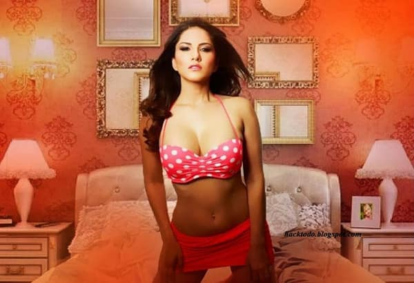 Sunny Leone's sex scene video from Ragini MMS 2 crosses 5 lakh views on YouTube!