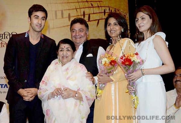 Master Deenanath Mangeshkar Awards: Ranbir Kapoor and Neetu Singh cheer for Rishi Kapoor!