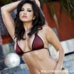 What does Sunny Leone love most about IPL 7?