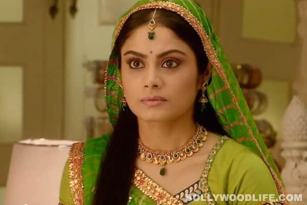 Balika Vadhu: Why does Subhadra insult Anandi?