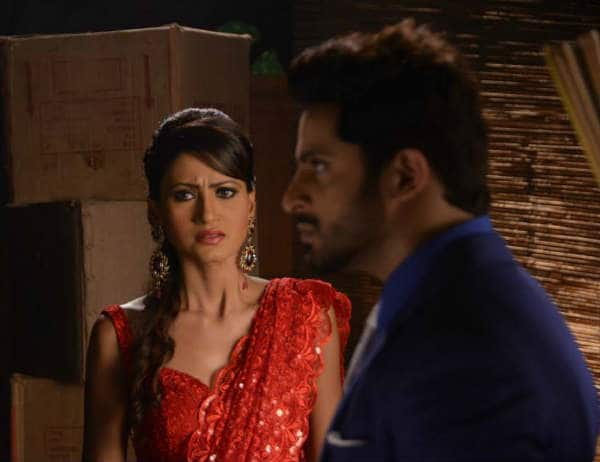 Main Naa Bhoolungi : Why does Aditya slap Madhu?