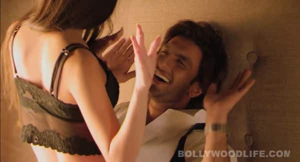 Ranveer Singh's condom commercial sizzling hot, say fans!