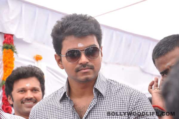 Vijay to sponsor education expenses of Major Mukund's daughter?