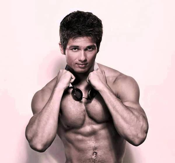 Who is madly in love with Shahid Kapoor?
