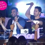Varun Dhawan turns DJ for fans