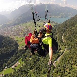 Naga Chaitanya and Pooja Hedge bond over paragliding!