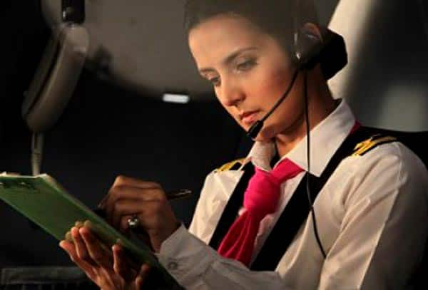 http://st1.bollywoodlife.com/wp-content/uploads/2014/07/vj-yudhishtir-tulip-joshi-playing-lead-roles-in-airlines.jpg