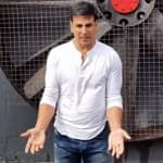 Akshay Kumar takes the ALS ice bucket challenge on being nominated by Riteish Deshmukh- Watch video!