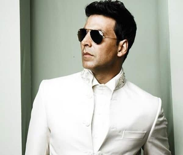 Akshay Kumar plays messiah to thousands in Airlift!