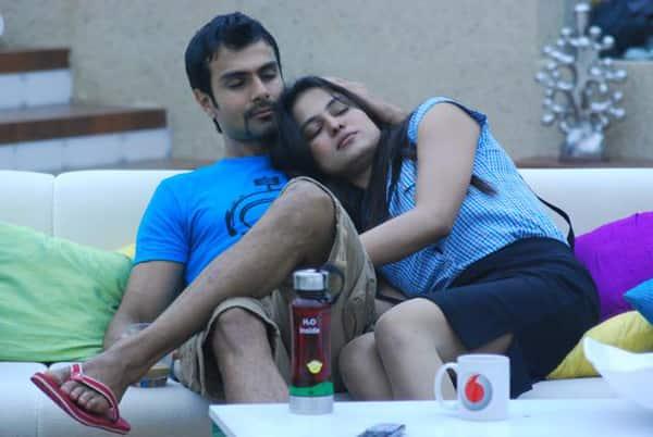 Image Result For Veena Malik And Ashmit Patel