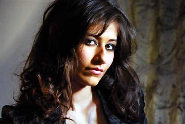 Syra Yousuf makes her Indian Television debut with Mera Naseeb