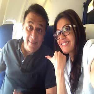 Kajal Aggarwal bonds with Sunil Gavaskar!