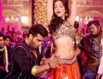 Tevar song Madamiyan: Arjun Kapoor and Shruti Haasan set the floor on fire with their sizzling chemistry!