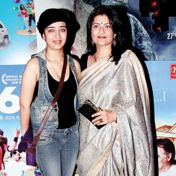 Sarika Haasan: Akshara Haasan couldn't have had a better debut than Amitabh Bachchan-Dhanush's Shamitabh!