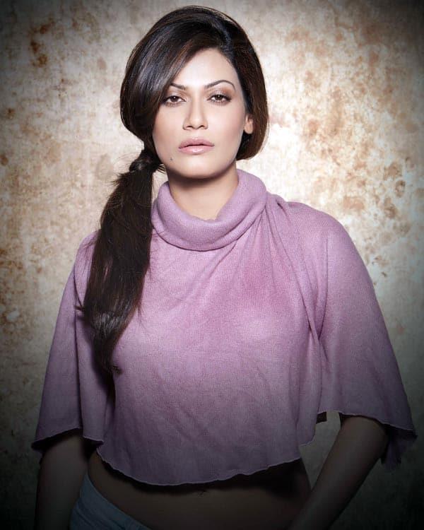 Bollywood-Actress-Payal-Rohatgi-Hot-Photo-Shoot-Stills-03