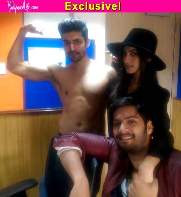 Gurmeet Choudhary goes shirtless for promoting Khamoshiyan – view pic!