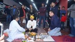 Daler Mehndi inaugrates MS Dhoni's new venture Sportsfit' in Delhi – view pics!