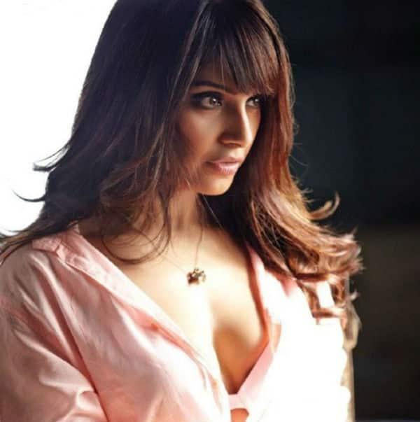 hot images and sexy basu Bipasha