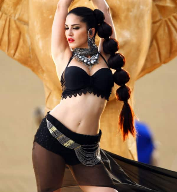Sunny Leone's sexy Ek Paheli Leela trailer gets over 5 million views on Youtube!