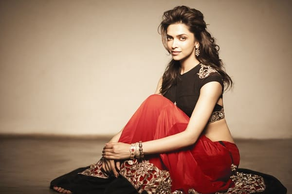 Deepika Padukone to don a 20 kg armour for Bajirao Mastani!