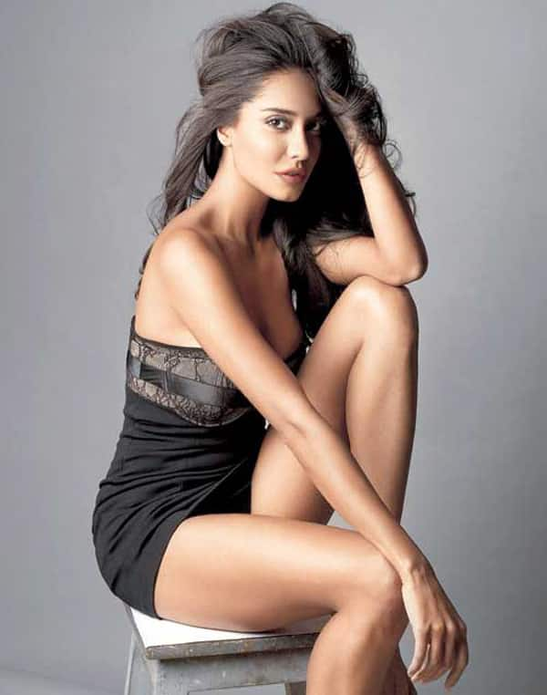 Lisa Haydon backs out of Atithi in London all of a sudden, leaving producers in shock!