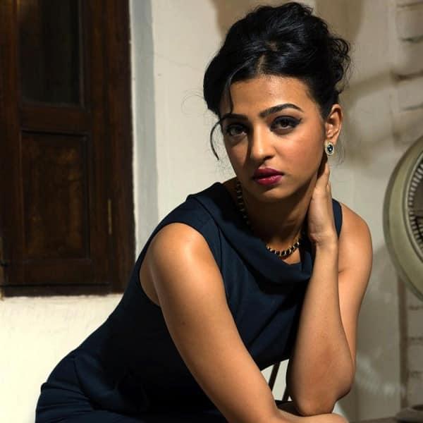 Actress Radhika Apte Sex Selfies