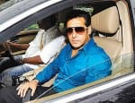 Salman Khan hit and run case: The driver confesses to the accident!