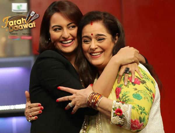 Sonakshi Sinha enjoys cooking with mom on Farah Khan's Farah Ki Daawat!