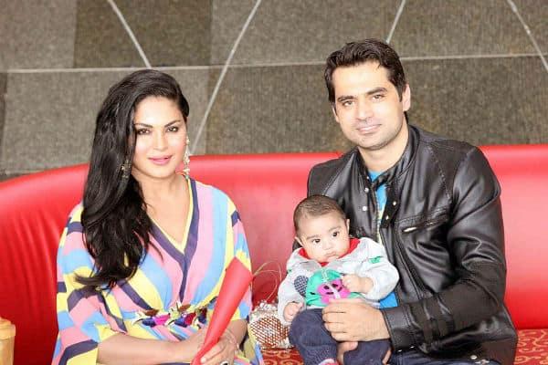 veena malik birthday in dubai 1 - Burj Al Arab! That's where Veena Malik celebrated her birthday