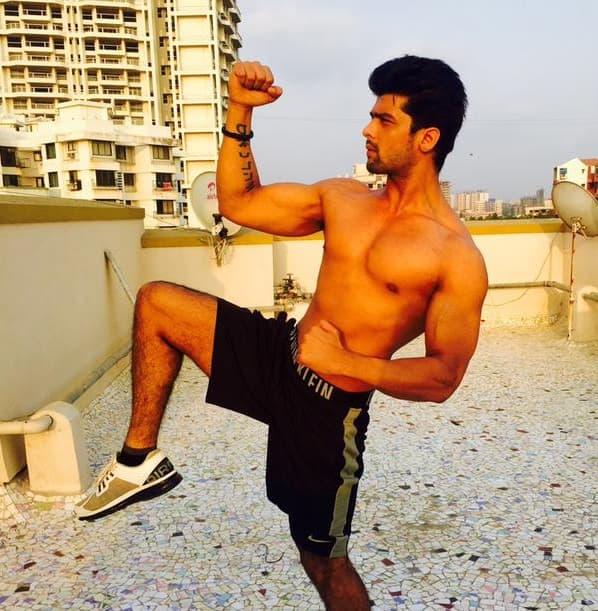 Kushal Tandon turns fitness freak – view pics!