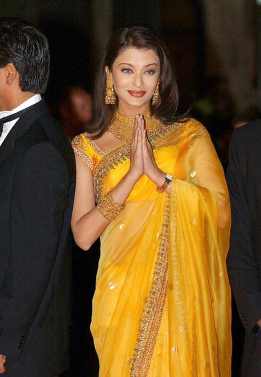 Deepika Padukone In Yellow Saree | www.pixshark.com ...