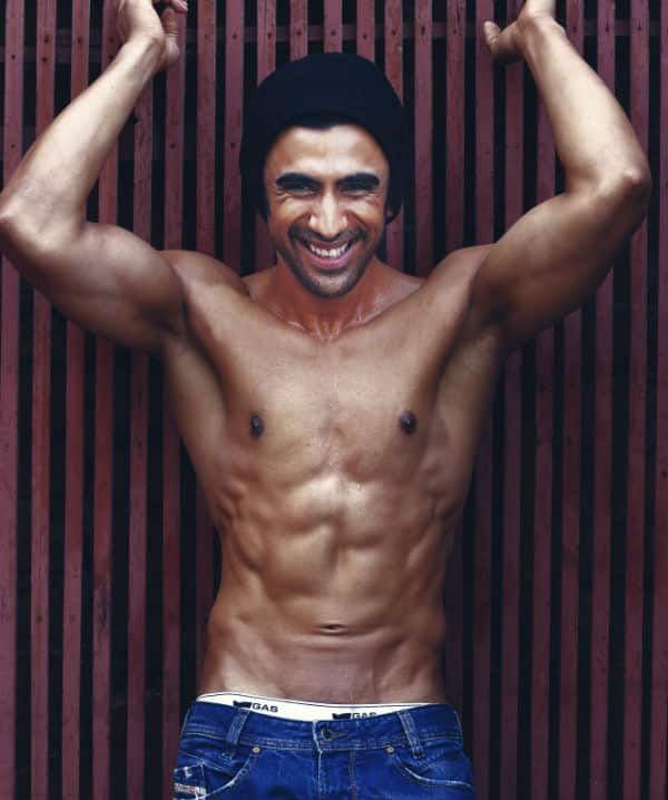 Sonakshi Sinha's Akira co-star Amit Sadh to sport rock-hard abs in the film!