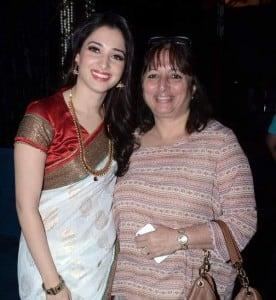 Tamanna-Bhatia-with-mother-Rajani-Bhatia