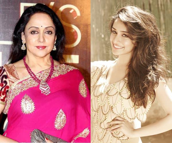 Hema Malini hands down the dream girl title to Shraddha Kapoor!